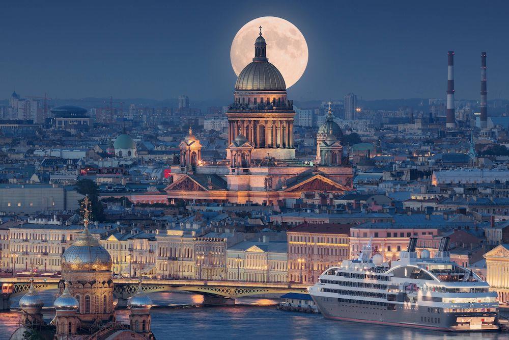 Renaissance St Petersburg Baltic Hotel
