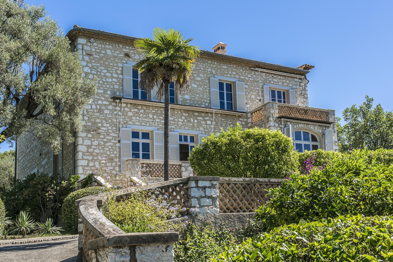 Cagnes-sur-Mar, France travelwishlist