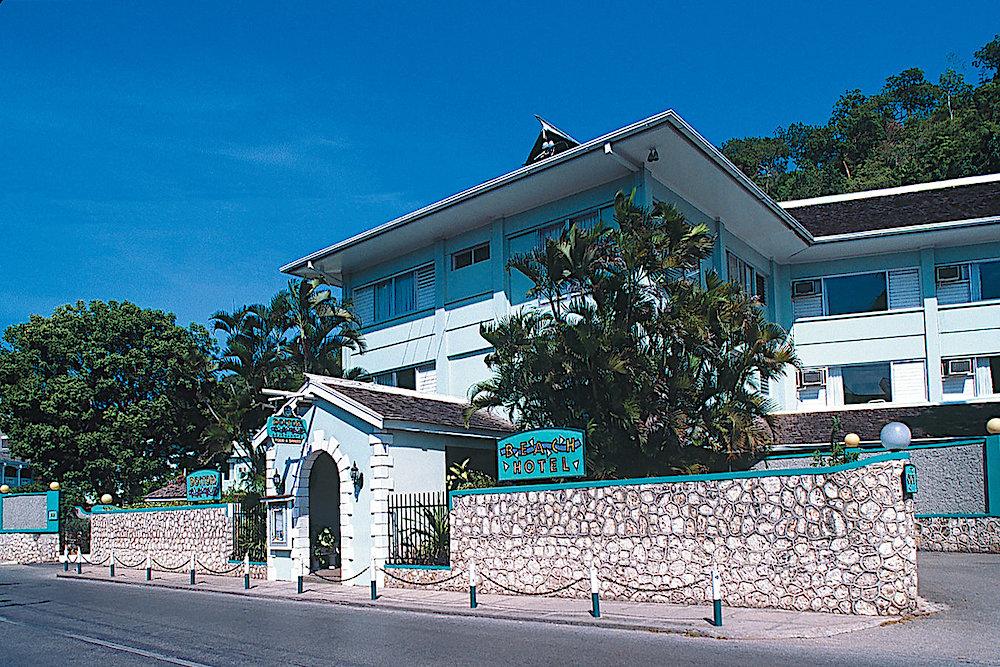Doctors Cave Beach Hotel, Jamaica