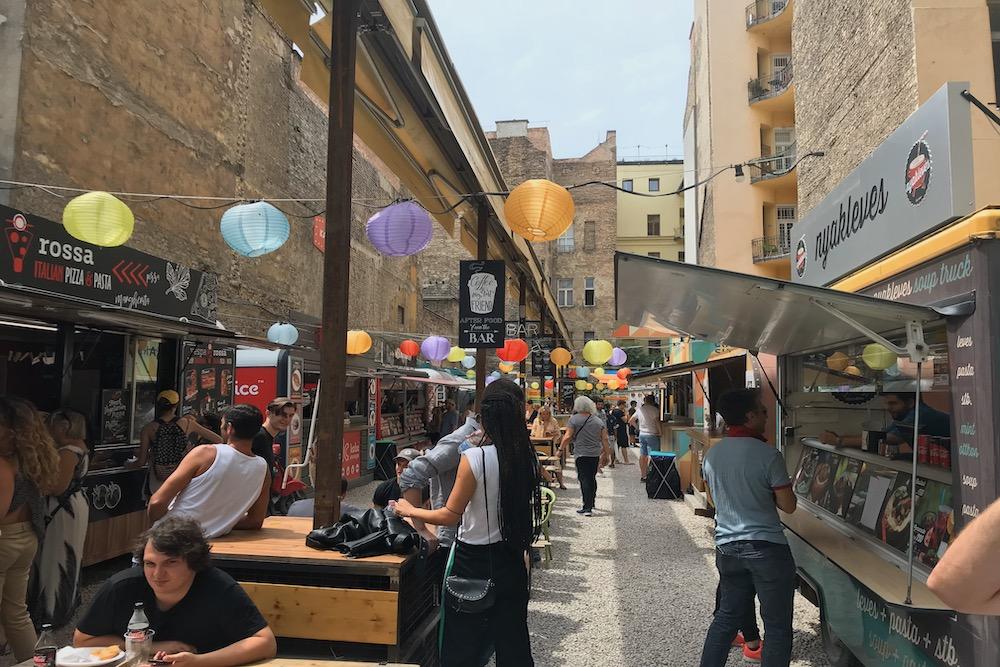 Budapest Ruin Bar twisht