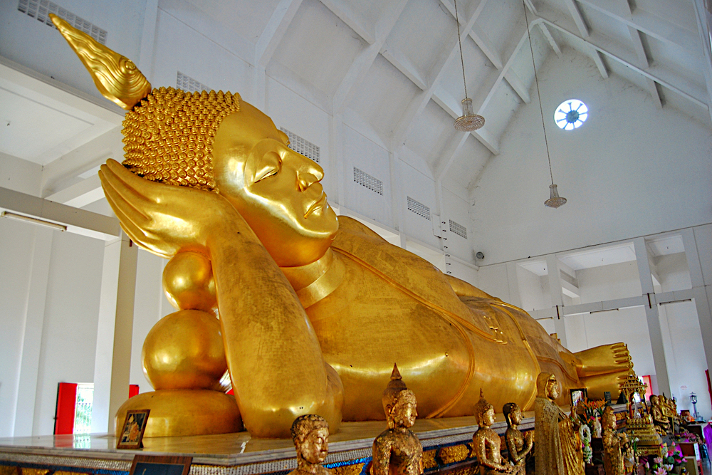 Temple Wat Phai Lom