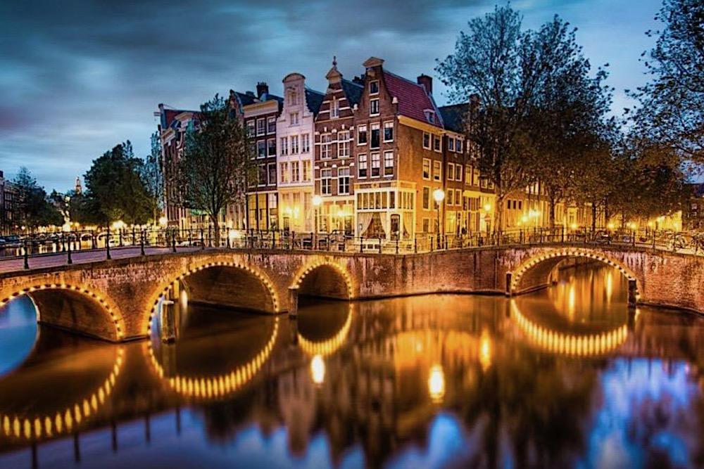 Amsterdam Experiences twisht