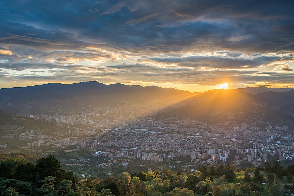 Medellin twisht