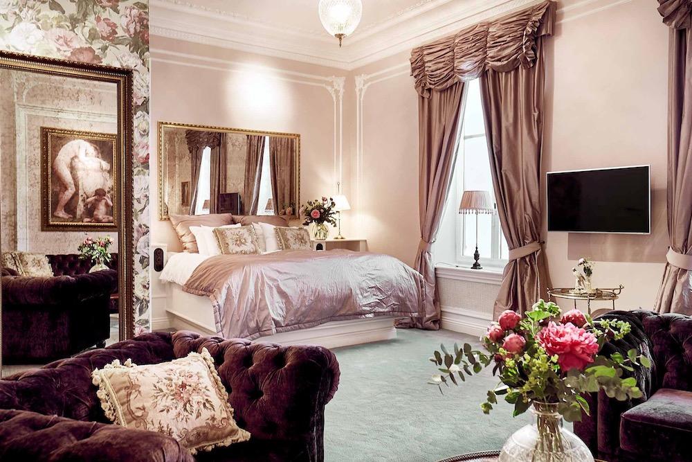 Hotel Pigalle Blog twisht