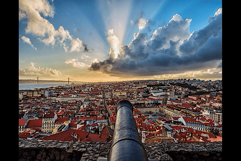 Walkborder tours & transfers, Lisbon