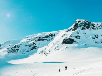 When is the best time to go skiing in France?