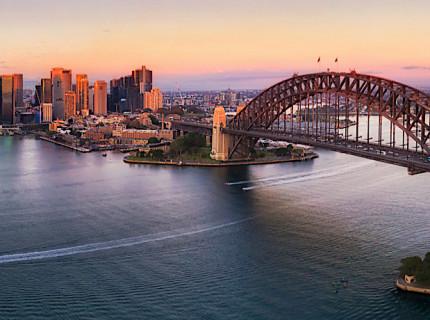 Experience awesome Australia, Fiji & New Zealand